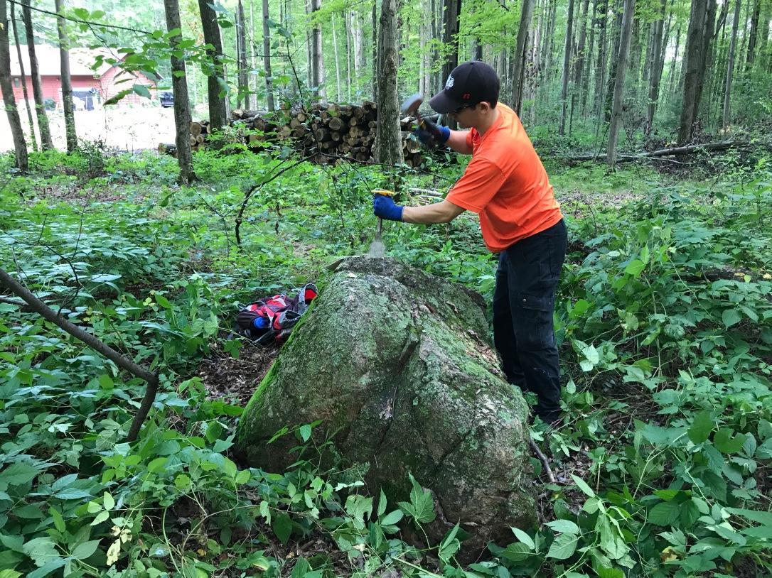 Arnott Moraine boulder